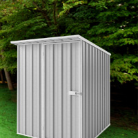 outdoor storage shed -Backyard before winter