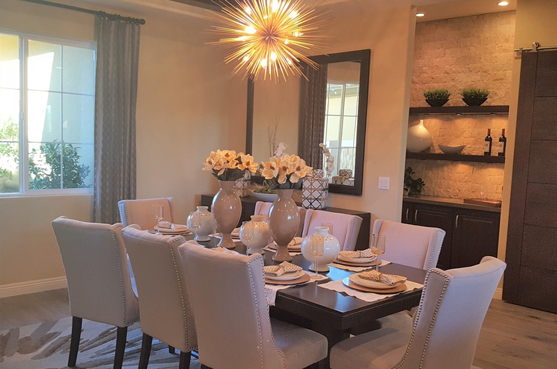 Transitional Home - dinning room