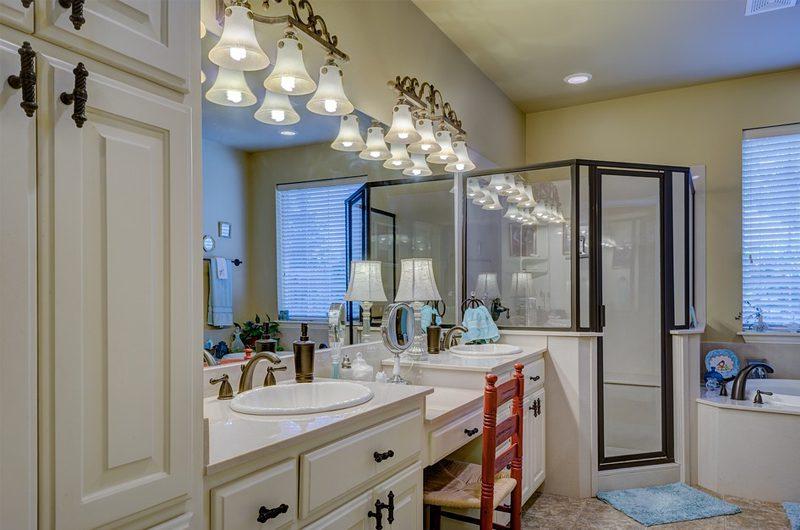 Transitional Home- bathroom