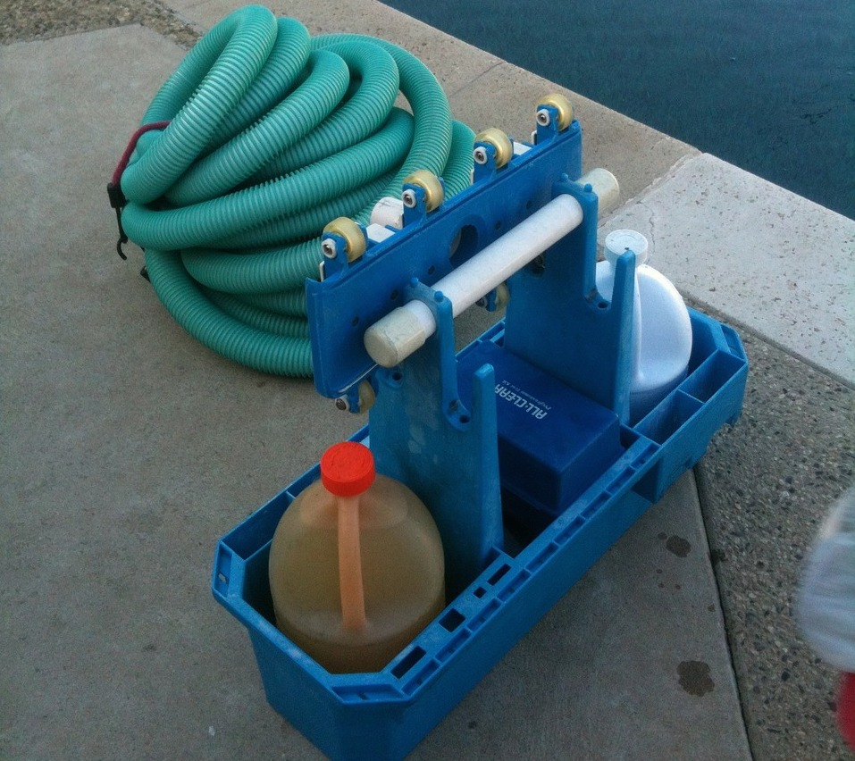 Pool chemicals - store chemicals safely