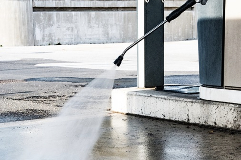 Clean Concrete - pressure washer